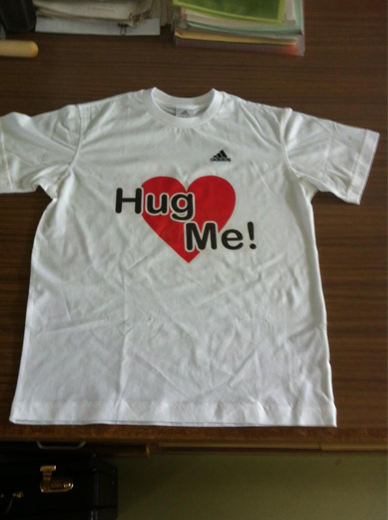 HugT.jpg